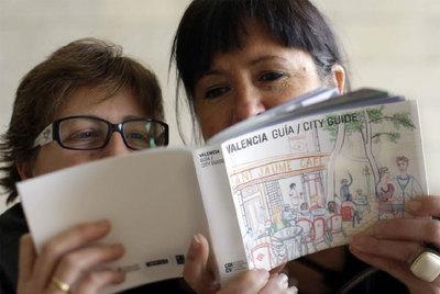 Presentación en el IVAM de  Valencia City Guide , la primera guía turística de Valencia que combina diseño y cultura.
