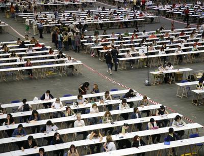 Exámenes de las oposiciones a profesores de secundaria en Bilbao