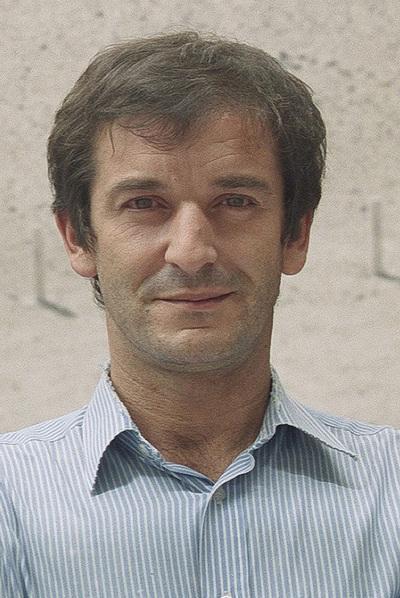 Carlos Velasco.