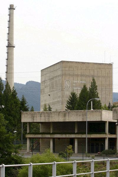 El Gobierno aprueba el decreto que permite reabrir la nuclear de Garoña. [Energía] 1299970807_850215_0000000000_sumario_normal