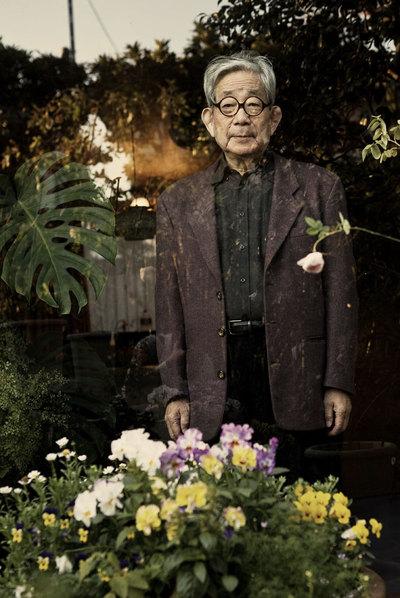El novelista y premio Nobel Kenzaburo Oé.
