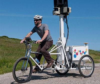 Street View utiliza coches, bicis y hasta motonieves.