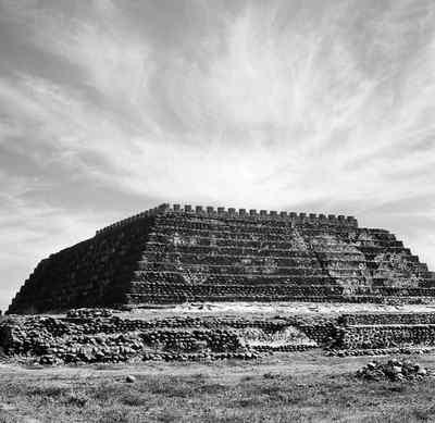 FOTOGALERIA: Pirámide de Cempoala, Veracruz (c. 1950)