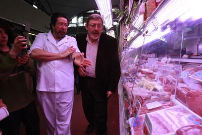 Jaime Lissavetzky, en el mercado de la Cebada.