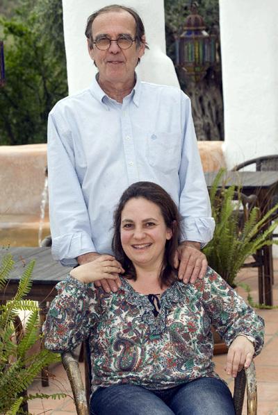 Resurrección Galera, con su marido Johanes Romes.