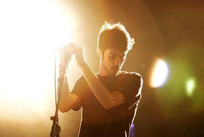 Pucho, cantante de Vetusta Morla, durante el concierto del grupo madrileño en el festival SOS de Murcia.