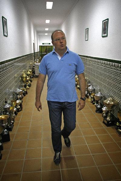Pepe Mel, en la ciudad deportiva del Betis.