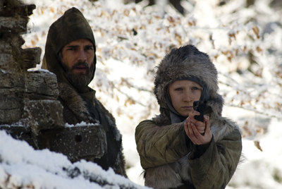 Eric Bana y Saoirse Ronan, padre e hija en  Hanna.
