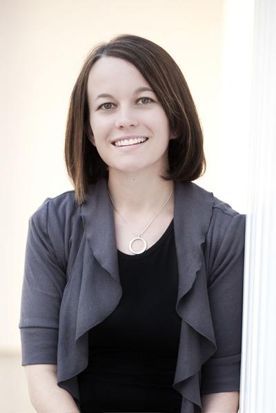 La autora Ally Condie.