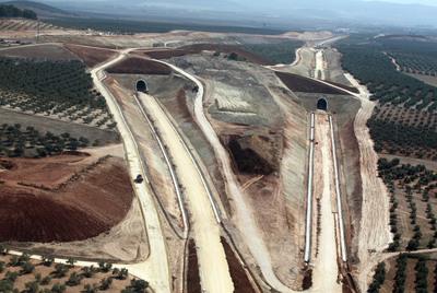 Obras de la línea de Ave entre Fuente Piedra y Antequera.