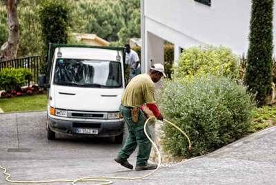 Los empleados de hogar cotizar n todas las horas a la for Trabajo jardinero barcelona