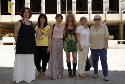 De izquierda a derecha, las miembros del jurado Marisol Farré, Judith Colell, Eva María Higueras, Inés París, Teresa Font y Josefina Molina.
