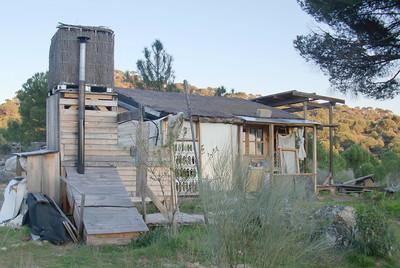 Centro Karuna en la Ecoaldea del Valle del Pino del Conde.