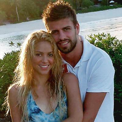 La cantante Shakira y su novio, el futbolista Gerard Piqué, son de los famosos que más utilizan Twitter.
