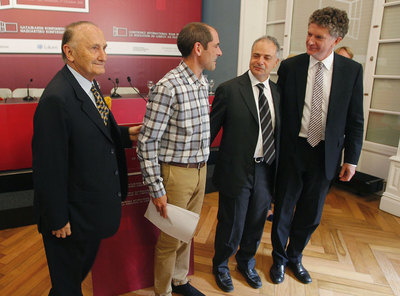 Vicente Zalagüeta, Paul Ríos, Miguel Lazpiur y Jonathan Powell, participantes en la conferencia de paz que se celebrará el lunes en San Sebastian.