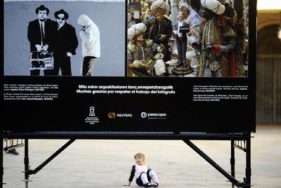 Dos de las imágenes de   Nuestro mundo hoy,   que presenta en Periscopio imágenes de Reuters.