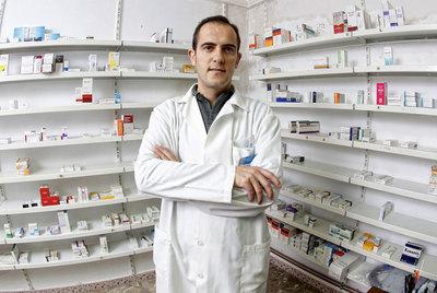 Antonio Mónica, farmacéutico de Tinajas (Cuenca).