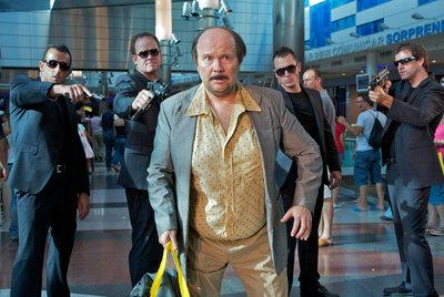 Santiago Segura, caracterizado como José Luis Torrente, en una imagen de  Torrente 4: lethal crisis.