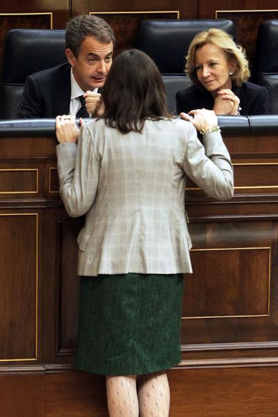 Zapatero, Sinde y Salgado, en el Congreso en diciembre de 2010.