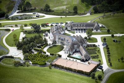 Vista aérea de la casa de Kim Dotcom, en Coatesville, al noroeste de Auckland (Nueva Zelanda).