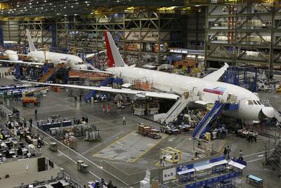 Aviones 787 Dreamliners, en la fábrica de Boeing en Everett (EE UU). La compañía espera tener un buen año de pedidos.