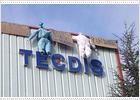 El directivo de Tecdis retenido por los trabajadores se marcha entre insultos