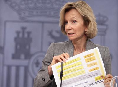 La ministra de Economía, durante la rueda de prensa posterior al Consejo de Ministros.