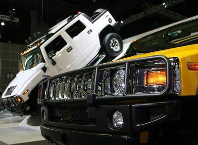 Los todoterreno H3 de Hummer, en el salón del automóvil de Los Ángeles de 2006.