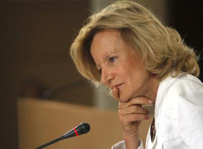 La ministra Elena Salgado, durante una rueda de prensa en Madrid.