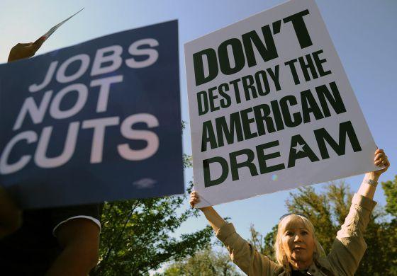 Una manifestación ante el Capitolio contra la avaricia empresarial.