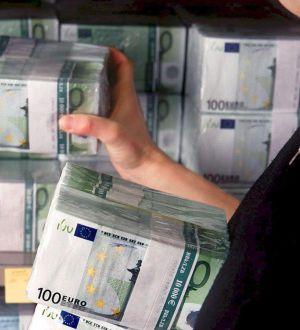 En la imagen, unos billetes de euro.