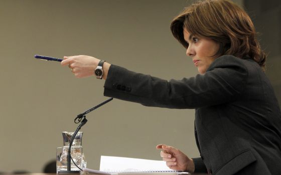 La vicepresidenta, Soraya Sáenz de Santamaría, en la rueda de prensa posterior al Consejo de Ministros.