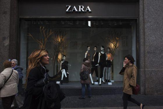 Escaparate de Zara (Inditex), en el centro de Madrid.