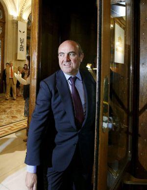 El ministro de Economía, Luis de Guindos, en la Bolsa de Madrid