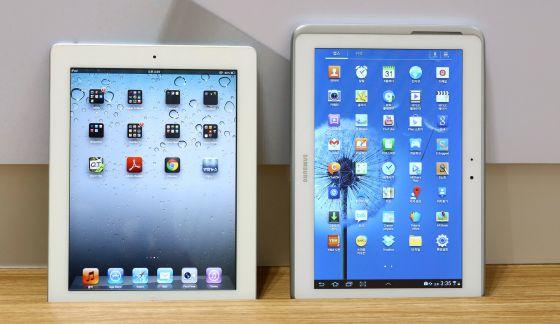 El iPad 2 y la tableta Galaxy de Samsung.
