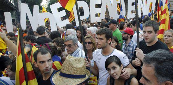 Ciudadanos se manifiestan en Barcelona por la independencia
