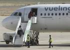 IAG lanza una opa con una prima del 28% sobre el 100% de Vueling