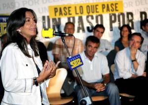 """Àngels Barceló presenta """"Y el mundo cambió"""", una serie que """"te hace pensar"""""""