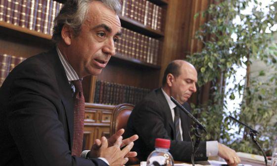 El secretario de Estado de Hacienda, Miguel Ferre, durante un encuentro con los medios.