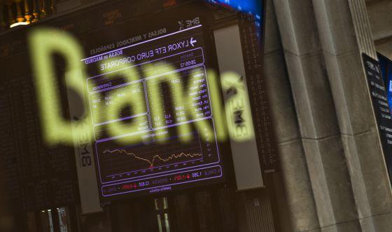 Las acciones de Bankia caen a su mínimo histórico tras la inyección pública