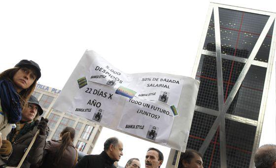 Bankia acelera el ajuste de su red de oficinas y lo for Oficinas de bankia en madrid