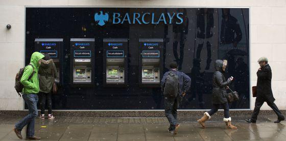 Barclays espa a recortar el 30 de la plantilla y se for Barclays oficinas madrid