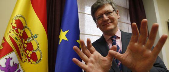 El comisario de Empleo de la UE, László Andor, en Madrid.