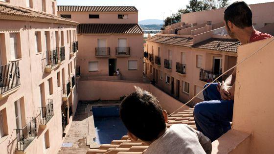 Una urbanización okupada en Cuevas del Almanzora, Almería.