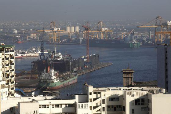 Panorámica del puerto de Dakar (Senegal)