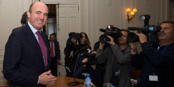 El ministro de Economía, Luis de Guindos, en Santander.