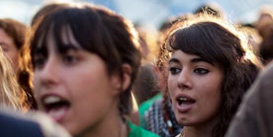 Manifestantes en la Puerta del Sol de Madrid.