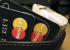 Bruselas limitará las comisiones por el pago con tarjetas