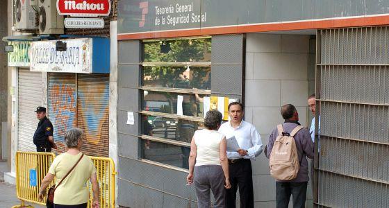 El n mero de extranjeros afiliados a la seguridad social for Oficina de extranjeros madrid