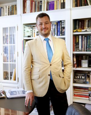 Leonardo Benatov, presidente ejecutivo de Euroconsult.